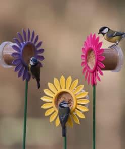 mangeoire oiseaux sur pied fleur flutter butter